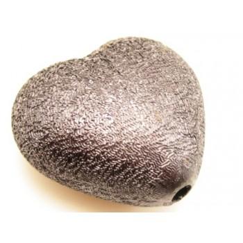Stort silke børstet hjerte brun 30 mm