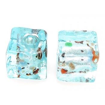 Håndlavet firkantet glas perle turkis  8 / 1,5 mm - 4 stk