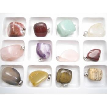 12 forskellige stene m/ vedhæng - SUPER BILLLIGT