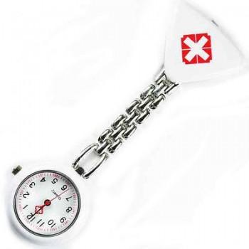 Sygeplejer ur med rødt kors hvid