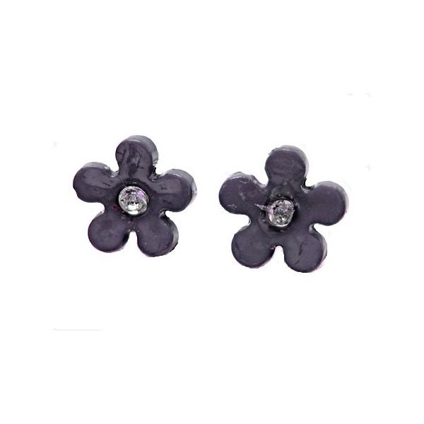 f197ef0938f Meget smarte ørestikker på 11 mm med sort blomst og lille klar sten i  midten, 1 par og de er naturligvis nikkelfrie som alle vores produkter