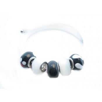 Wire armbånd med gummi og 5 charms