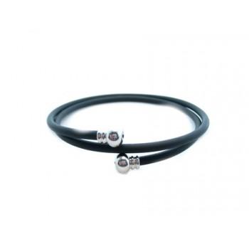 Wire armbånd med gummi og sølv ende perle
