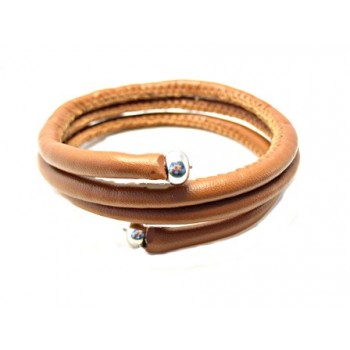 Wire armbånd i brun synt randsyet skind.