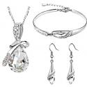 Smykkesæte med klare krystaller